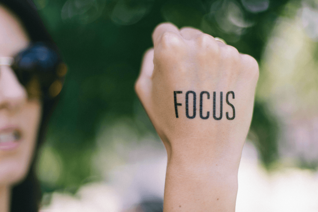 Focus word on hand