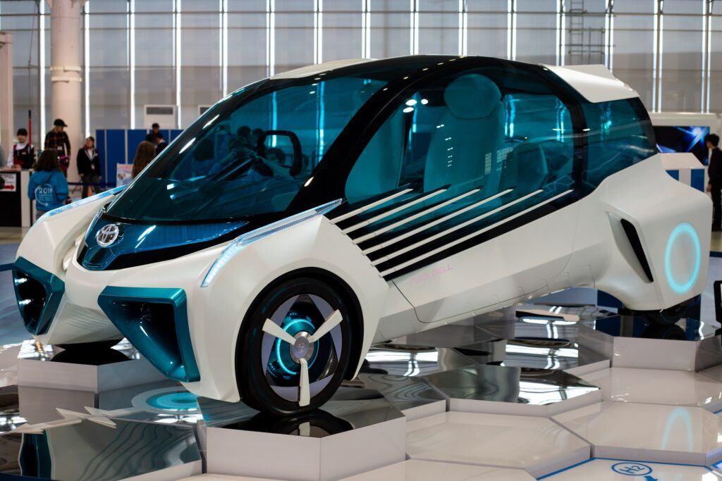 Science PR - hydrogen fuel cel prototype car tokyo